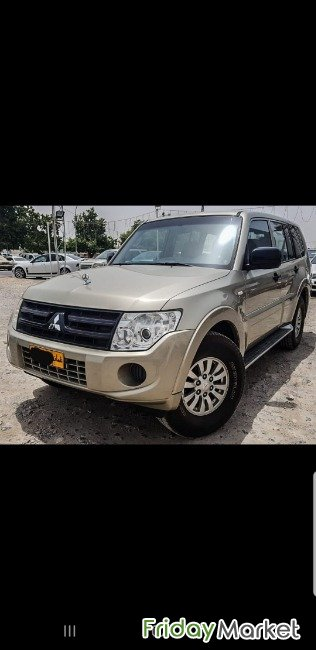 Pajero In Excellent Condition. Urgent Sell. Expat Driven. Muscat Oman