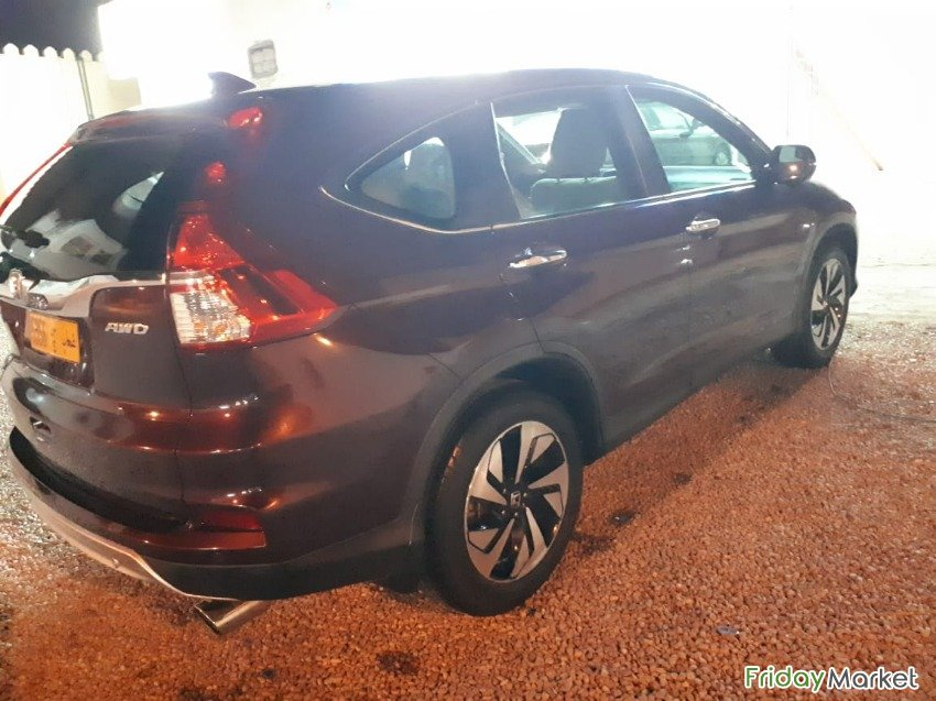 HONDA CR-V 2015 IN EXCEPTIONAL CONDITION EXPAT OWNER Sur Oman