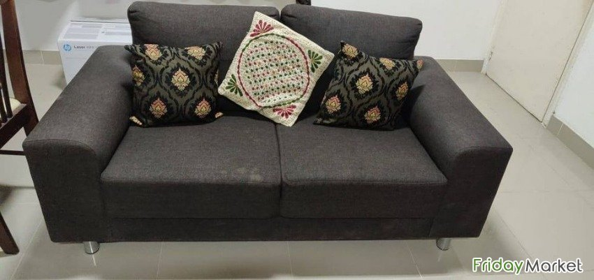 Sofa Set For Sale !! 3+2+2 With 11 Nos Designer Cushions Muscat Oman